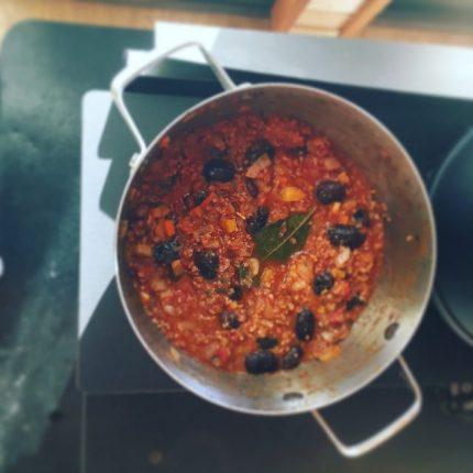 紫花豆のチリコンカン 調理過程